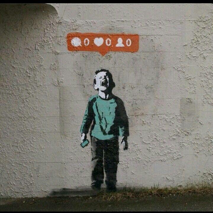 """Banksy: sobre como """"precisamos"""" de notificações nas  redes sociais. Assim também não né, galera?  http://t.co/X3V9K6oWBg"""""""