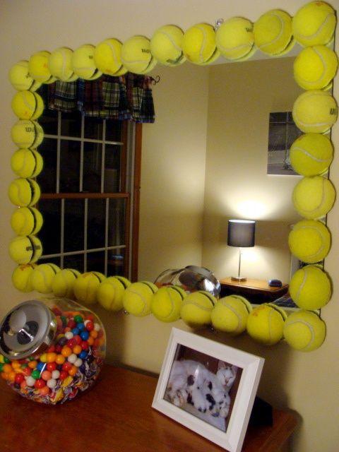 d co avec les vieilles balles de tennis 17 id es diy r cup bricolage softball. Black Bedroom Furniture Sets. Home Design Ideas