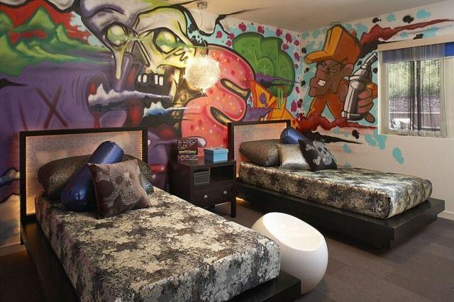 Wand Graffiti Kinderzimmer zwei Betten dunkle Bettdecken Детская - hilfreiche tipps kinderzimmer gestaltung