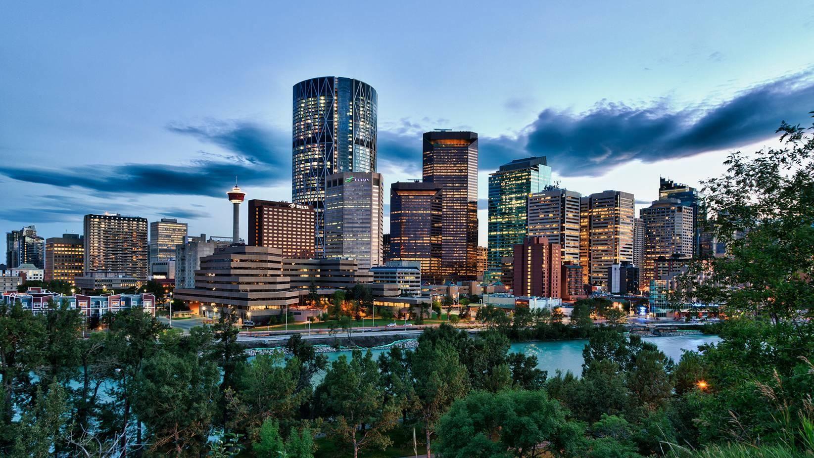 The City Of Calgary Skyline Canada Tourist Calgary