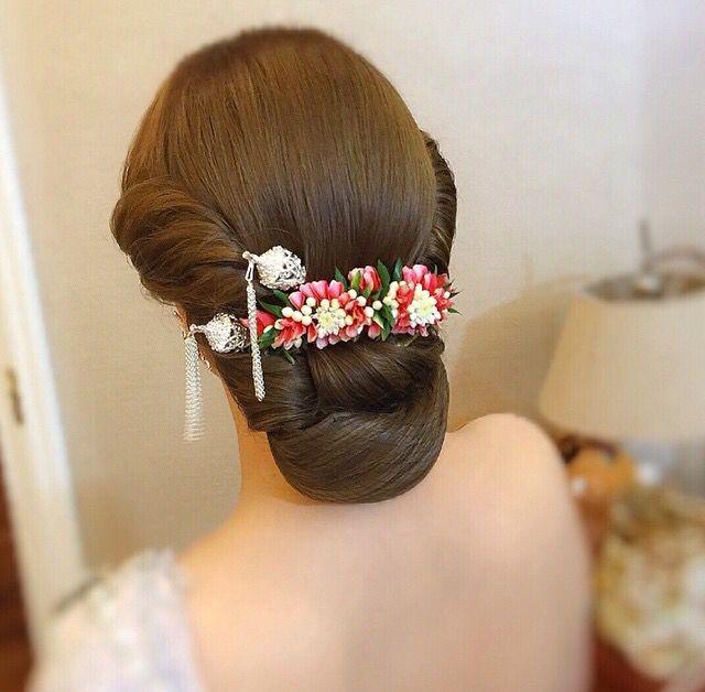 Pin By Shanthi Balasubramaniam On Shanthi1 Simple Wedding Hairstyles Long Hair Styles Bridal Hair Buns