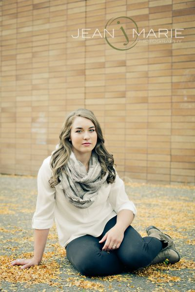 fall senior portrait clothing idea portrait clothing seniors