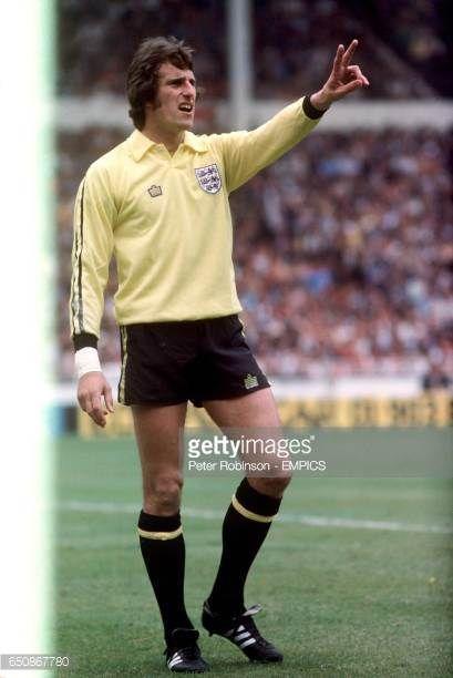 Ray Clemence England goalkeeper | Goalkeeper, England football ...