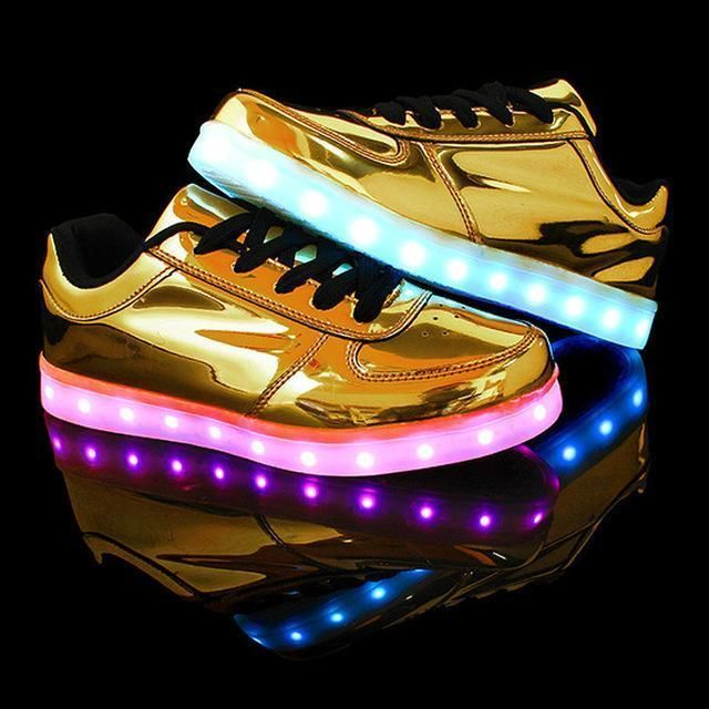 Led luminous casual shoes woman 2018 hot colorful led shoes for adults  women shoes