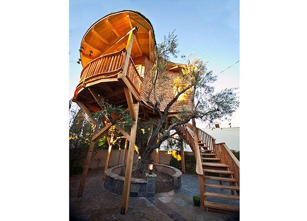 Treehouse Masters Irish Cottage