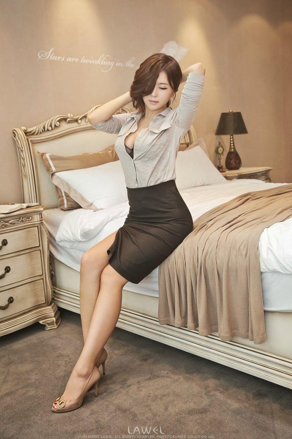 Ryu Ji Hye Sexy Office Lady  Asian Girls-5177