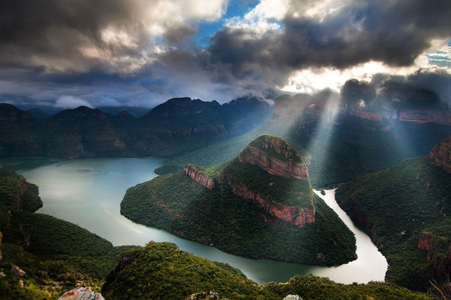 Amazing sunbeams in this landscape photo of the blyde for Outdoor photo south africa