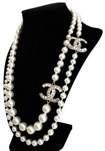 42d2a31661bb01 Chanel CHANEL Pearl Crystal CC Long Necklace Gold | My Selling ...