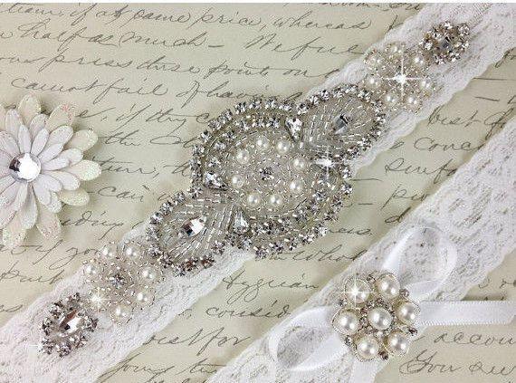 Wedding garter set, Bridal Garter set, Off White stretch lace Bridal Garter