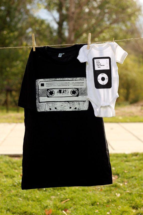 Papá y yo del Cassette y del conjunto de camisa de Ipod (o mami y yo)