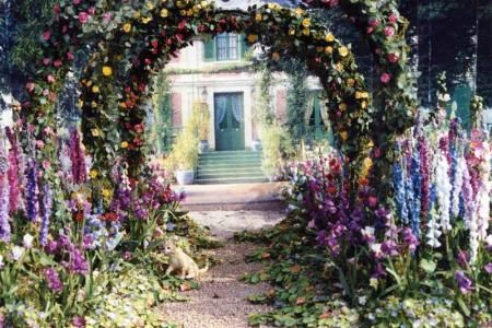 Monet's garden at Giverny -- in miniature. This takes my breath away.