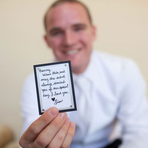 Bride Groom Wedding Day Gifts Wedpics The 1 Wedding App