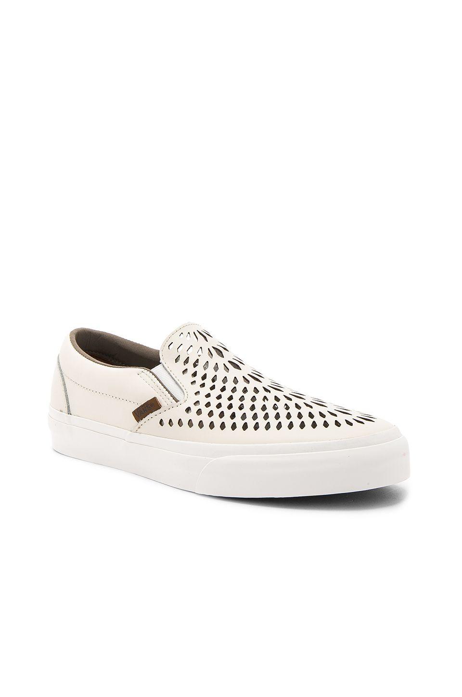 801f90d6b59c3a VANS Classic Slip On Dx.  vans  shoes