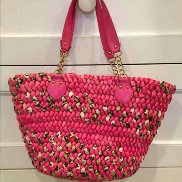 Bebe beach bag!! Pink&leopard really cute.... medium size....very good condition! bebe Bags