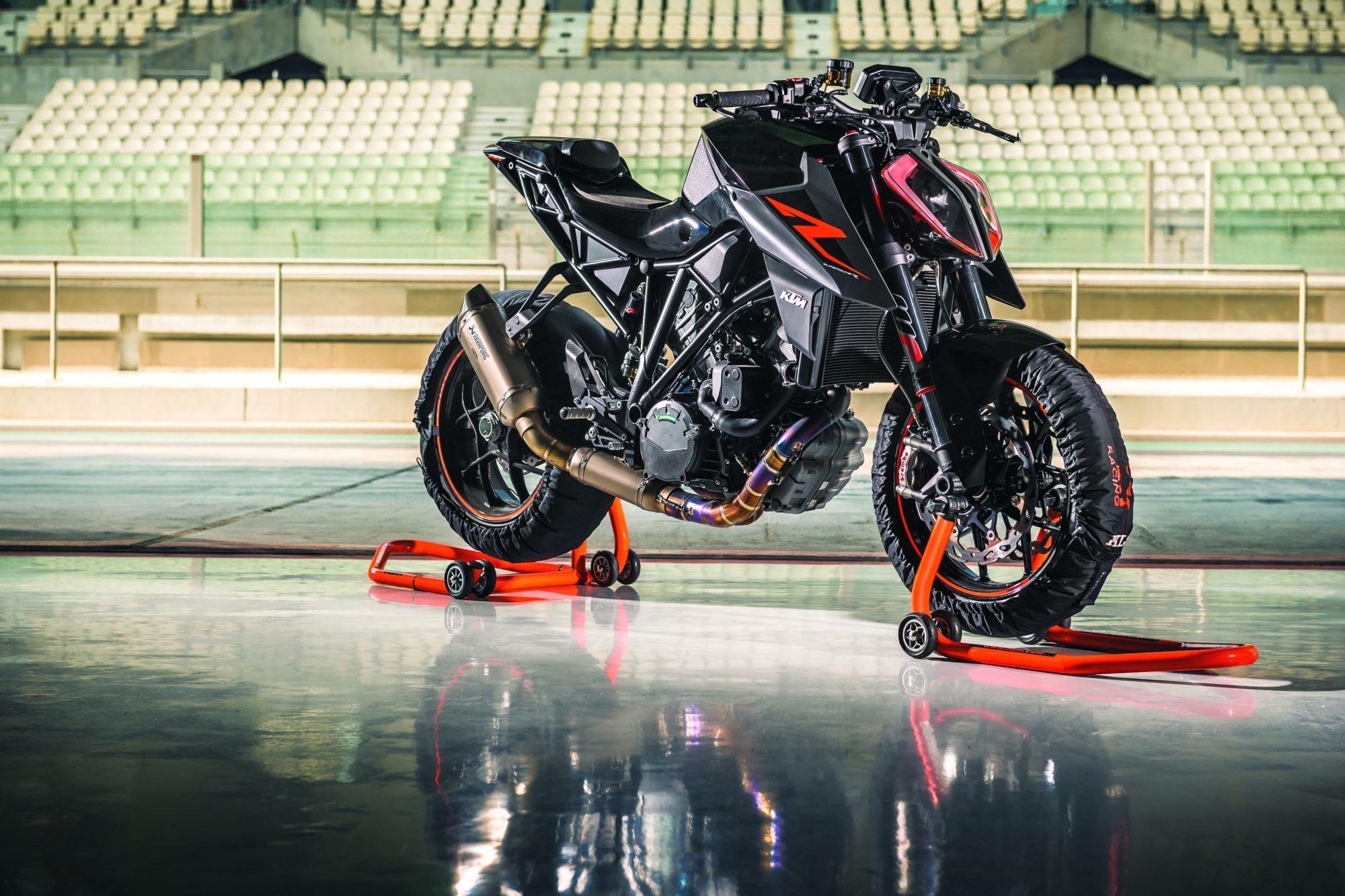 Ktm 1290 Super Duke R 2017 Motorrad Fotos Motorrad Bilder Die Neue Ktm 1290 Super Duke R 2017 Das Biest 2 0 Jetzt Mit 177 Ps S Ktm Duke Ktm Super Duke Ktm Get ktm super duke r wallpaper hd