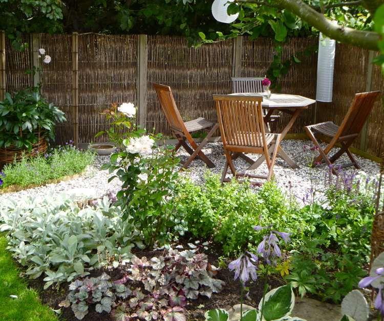 Am Nagement Petit Jardin Des Conseils Astucieux Pour Le R Ussir All E En Gravier Gravier