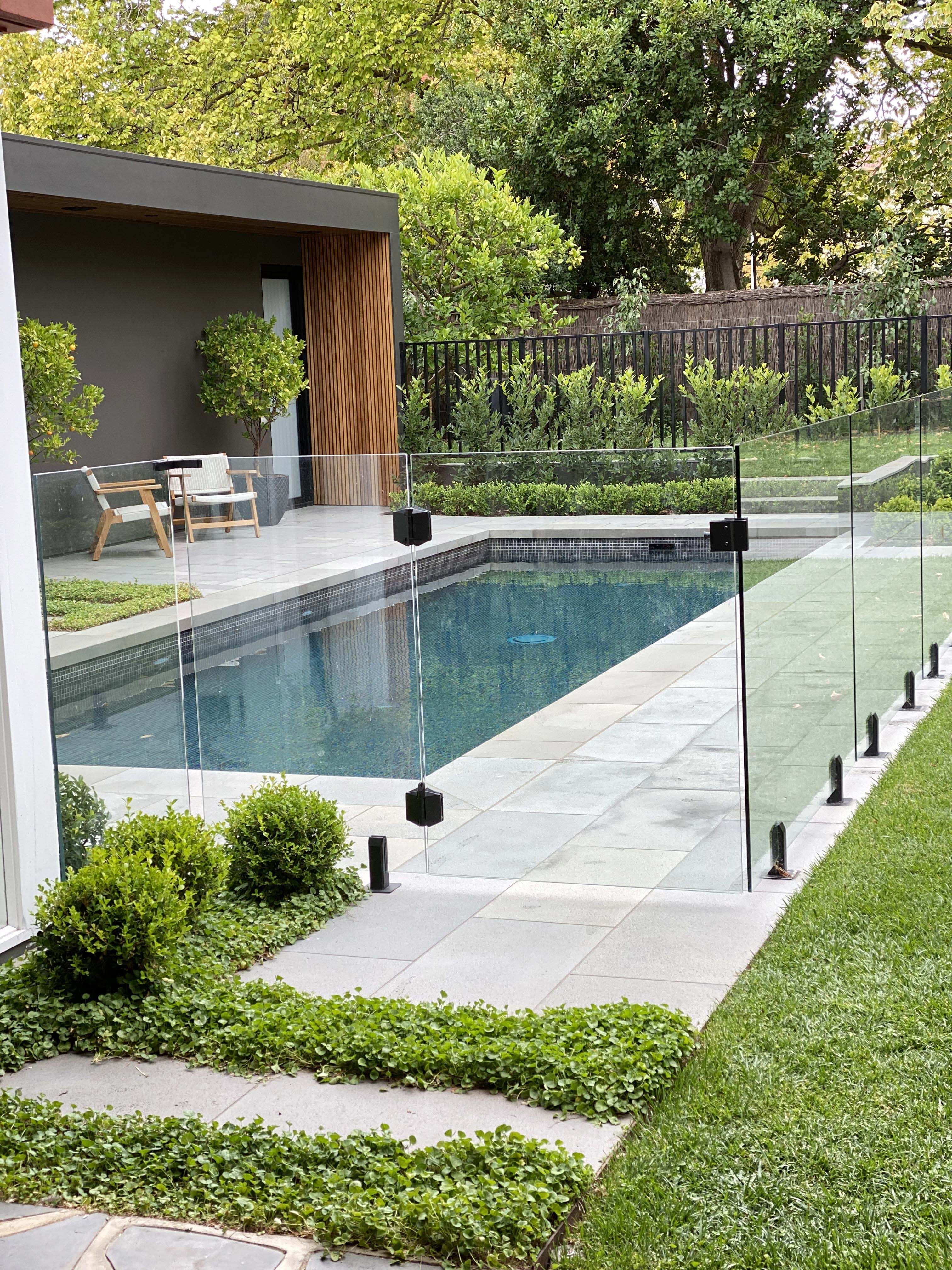 20+ Wonderful Outdoor Pool Decorations Ideas in 20   Pool ...