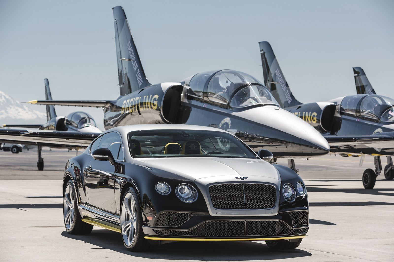 Etonnant Breitling Jet Team Themed Bentley Continental GT Speed