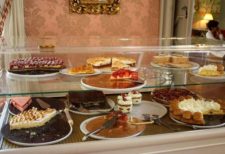 Exquisite Cakes In The Tea Salon At Hotel De Caumont Aix En Provence Aix En Provence Provence Things To Do