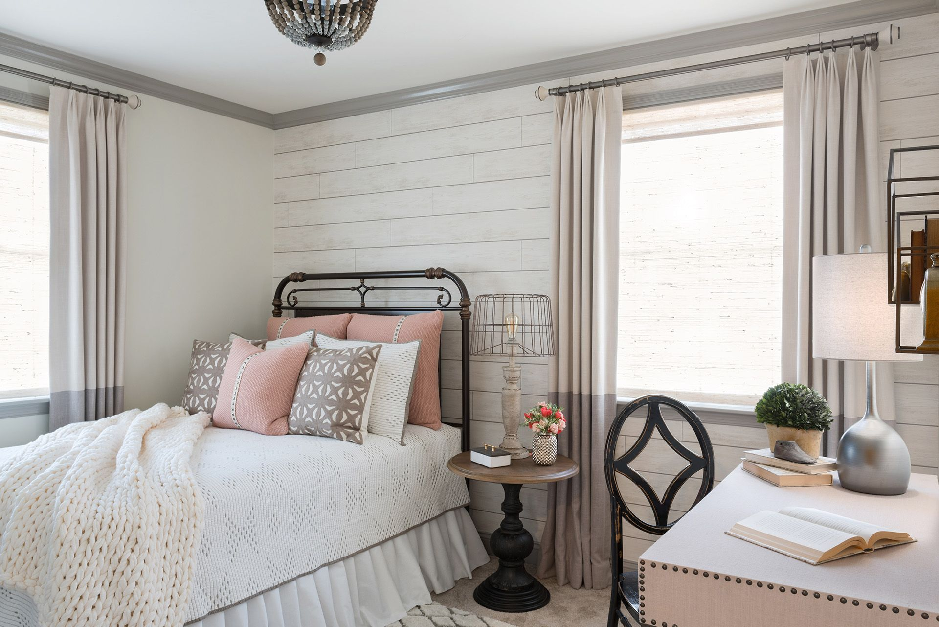 This Tiny Room Was Transformed Into A Cozy Guest Bedroom By Combining A Variety Of Beautiful Texture Farmhouse Dining Room Chic Bedroom Farmhouse Chic Bedroom Dining room into bedroom