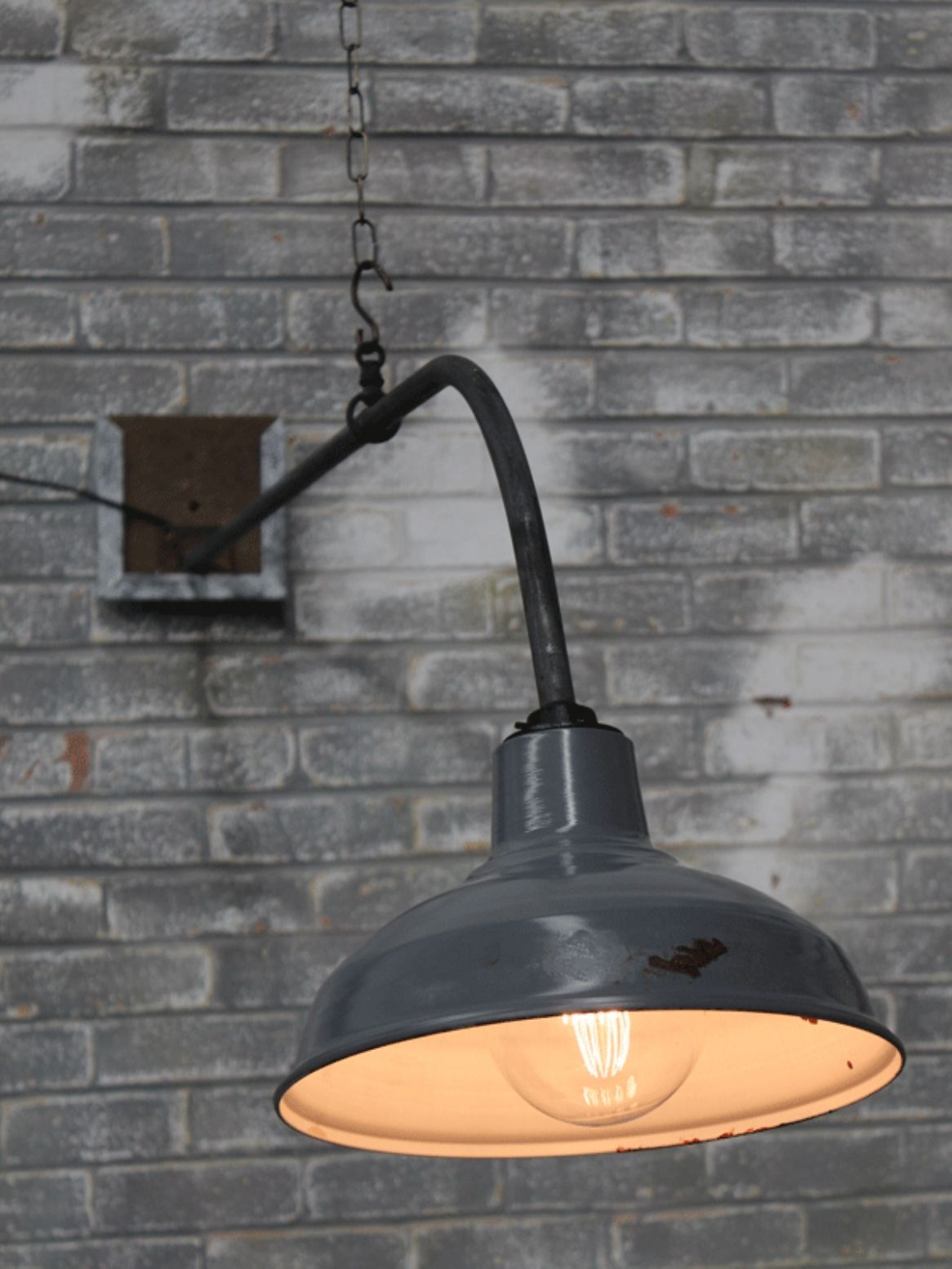 Industrial wall and ceiling pendant
