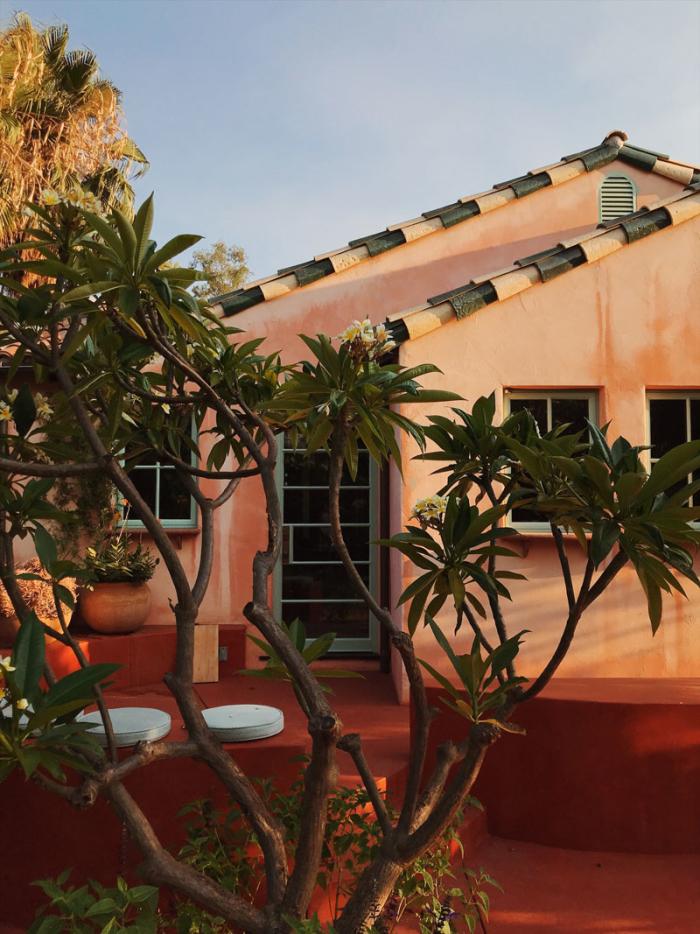 Flamingo Estate Chandelier Creative Chandelier Creative Spanish House Backyard Inspiration