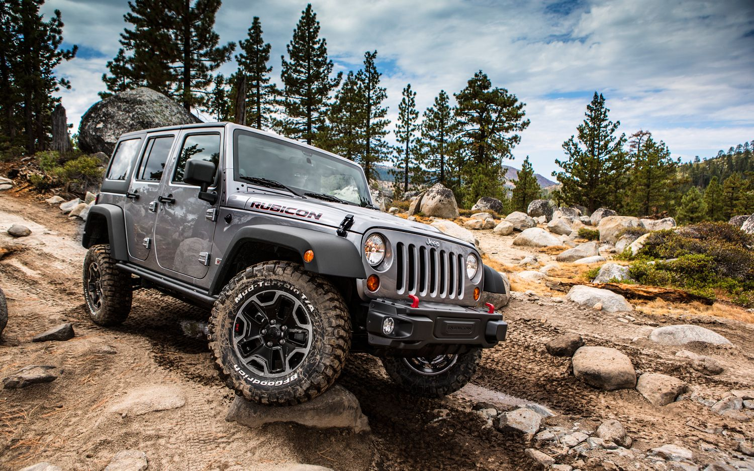 2013 Jeep Wrangler Rubicon 10th Anniversary Edition Stomps Into