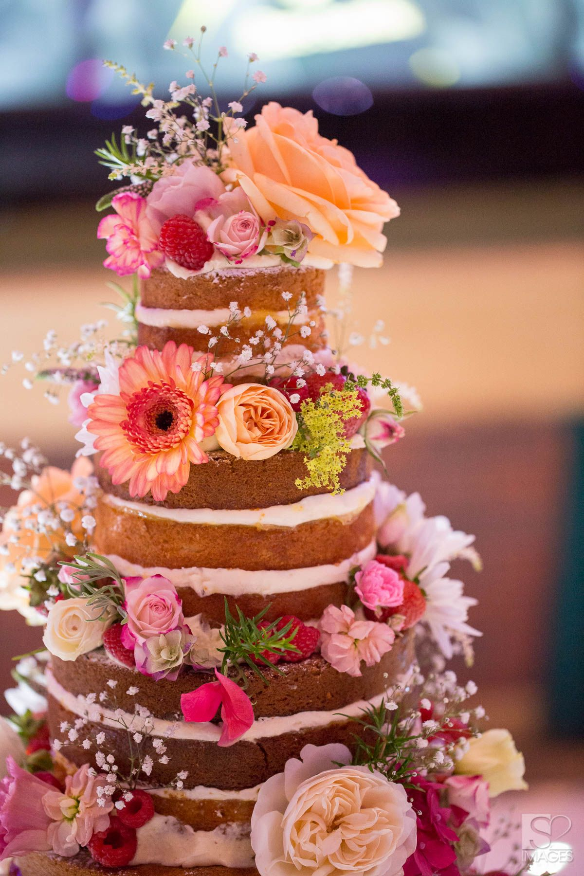 boho wedding cake flowers a floral wedding cake by s sponge in 12080