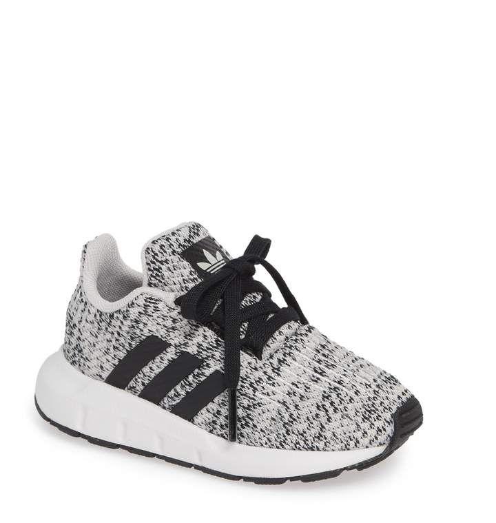 100% authentic 5a18f 2a903 adidas Swift Run J Sneaker