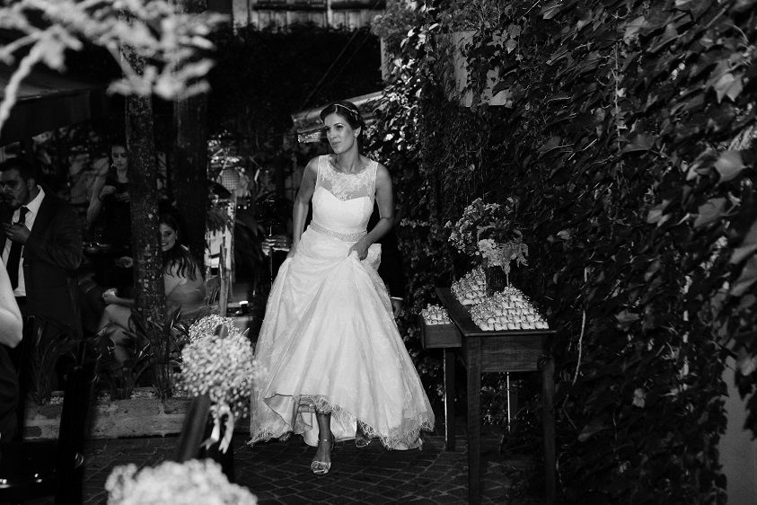 REAL BRIDE { Aline + Leonardo } AUDREY HEPBURN wedding gown by A ...