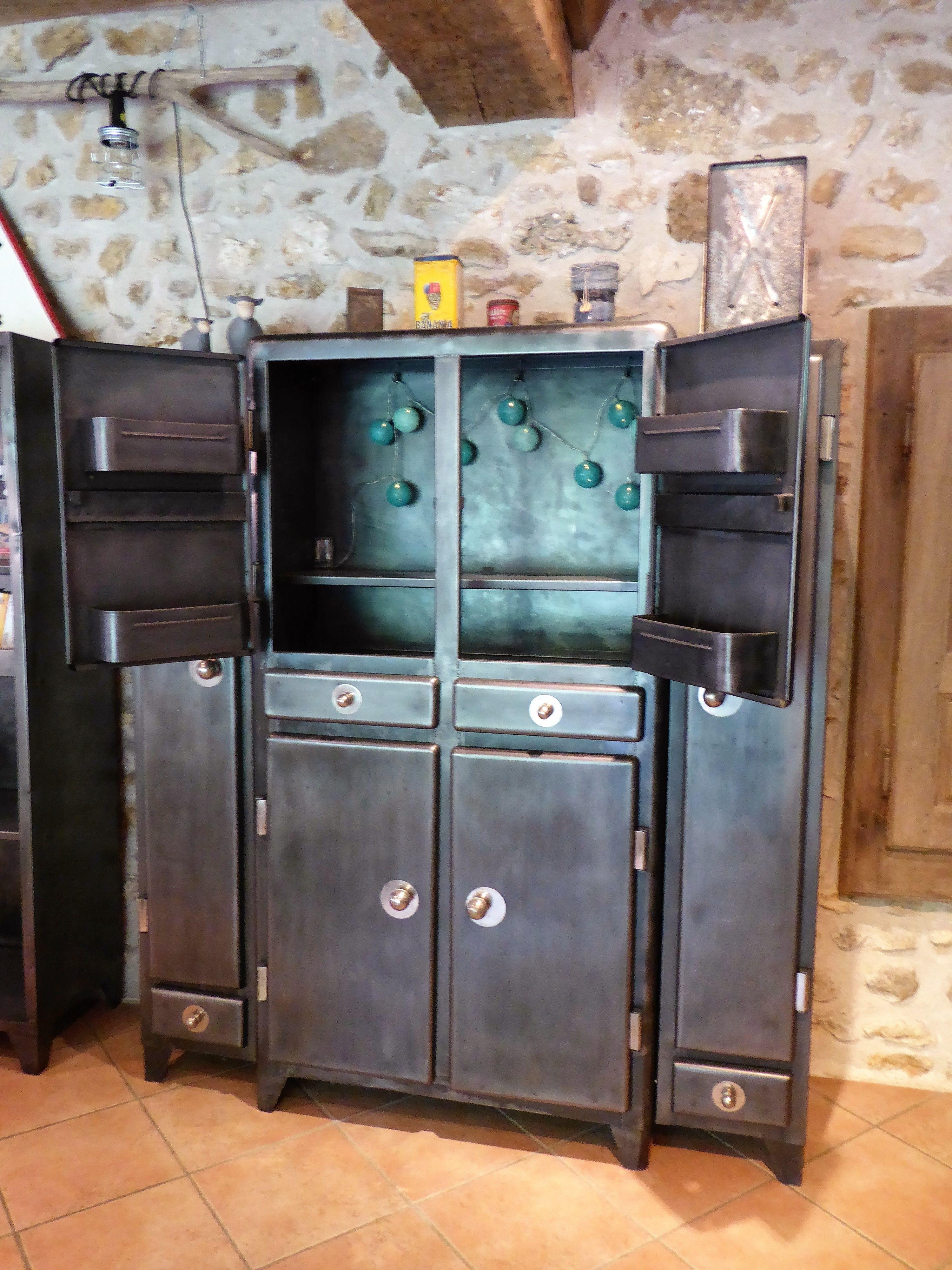 Buffet de cuisine ancien en m tal an 39 50 vintage vous propose ce meuble - Meuble cuisine en metal ...