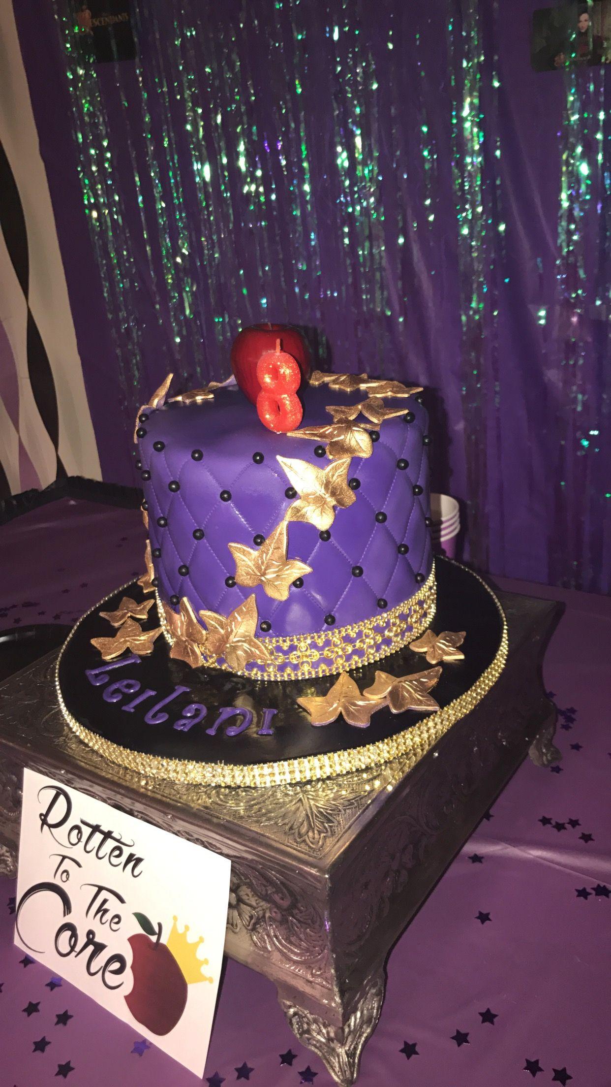 Disney descendants cake Its a party Pinterest Descendants
