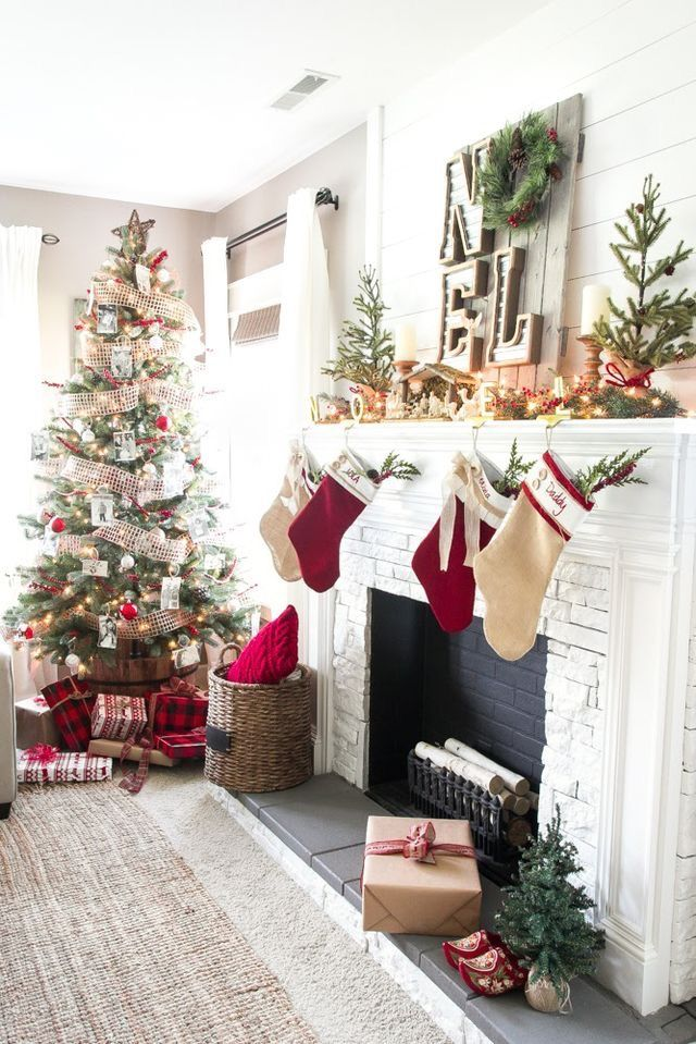 Love The Sign Above The Fireplace Cottage Christmas Decor