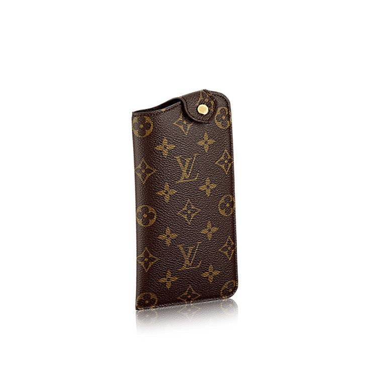 4feebc0eba2d Products by Louis Vuitton  Sunglass Case MM