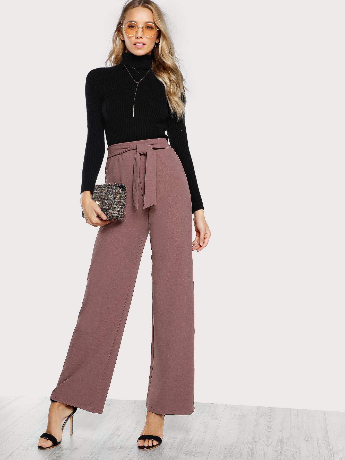 Pantalones palazzo con cinturón