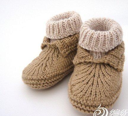 erkek bebekler için ayakkabı şekilli patik modeli