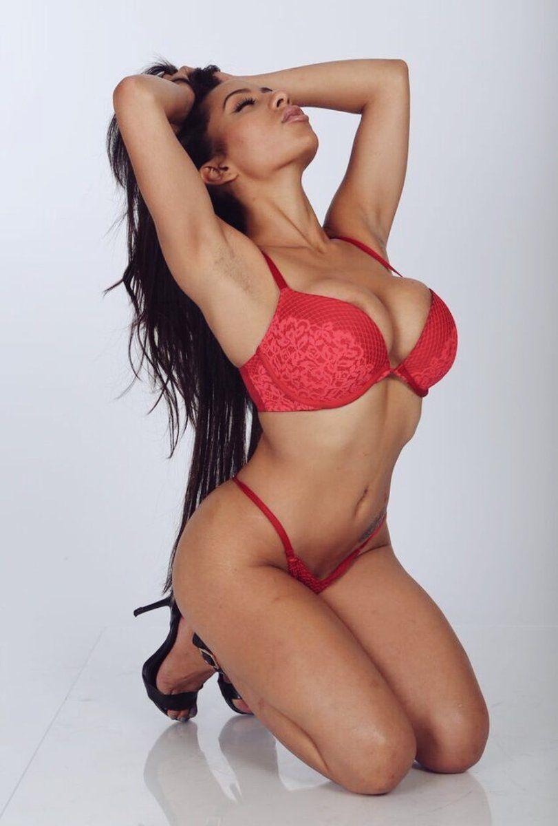 Carlotta Morelli Nude Photos 86