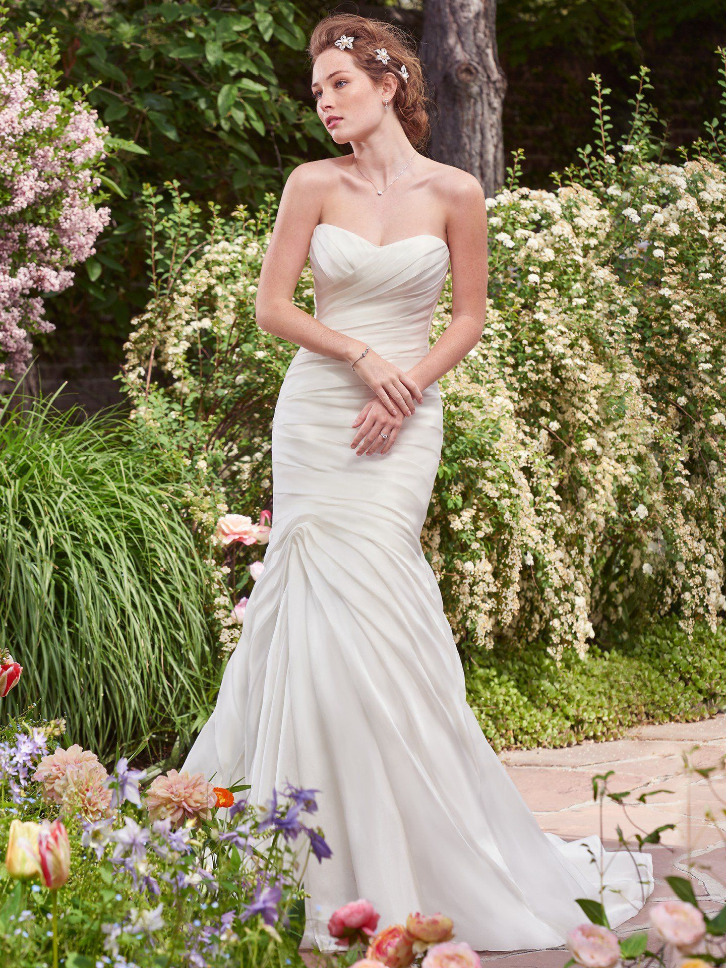 Looking for a fitted ruched wedding gown? Rebecca Ingram is ...