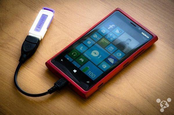 USB-OTG-Windows-10-phone