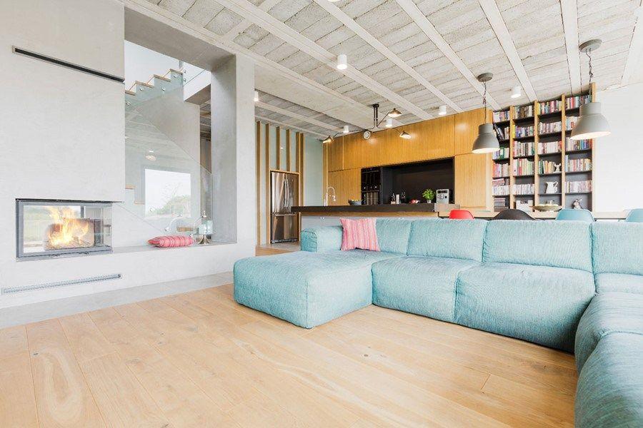 Wit licht hout gecombineerd met pasteltinten ❤ woonkamer