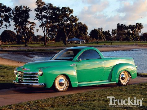 Chevrolet Ssr Left Side Angle Photo 1 Chevrolet Ssr Chevy Ssr
