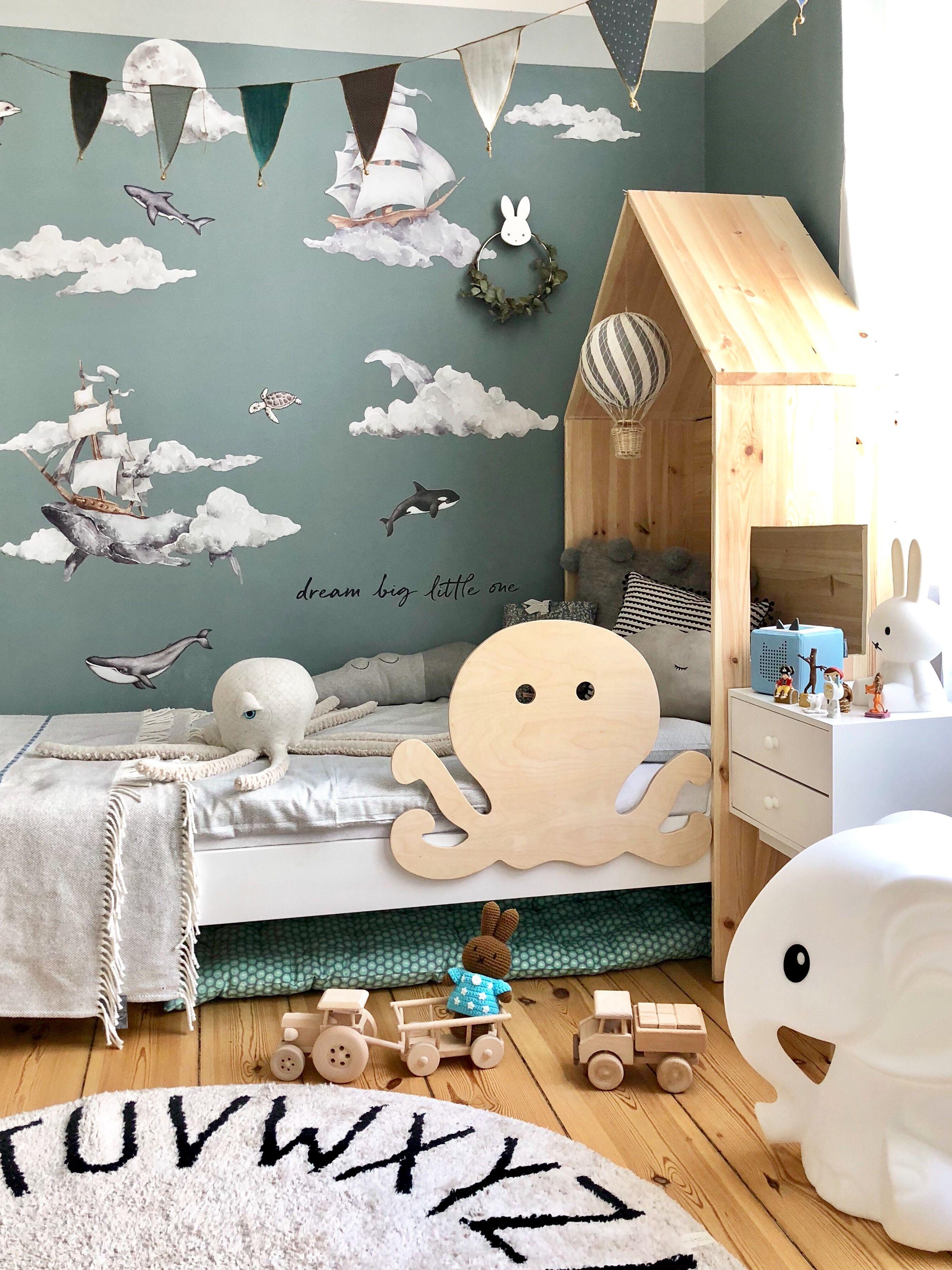 Rausfallschutz pulpo bedrail octopus kidsroom kinderzimmer for Bett scandinavian design