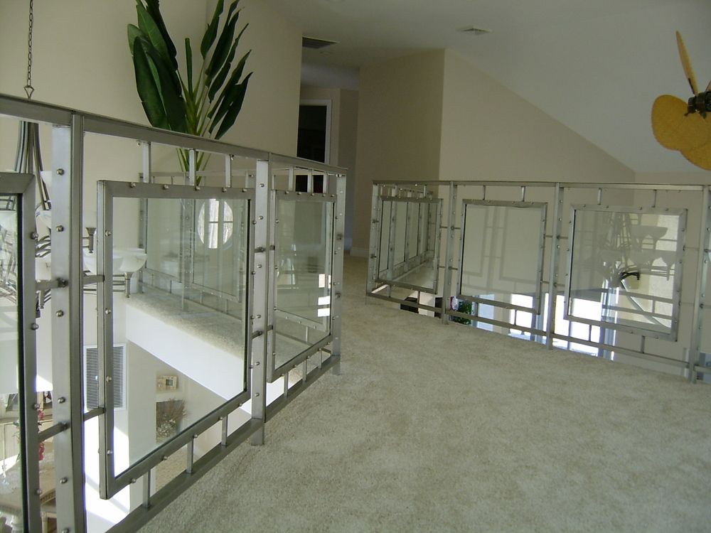 Best Contemporary Stainless Steel Railings With Glass Panels 400 x 300