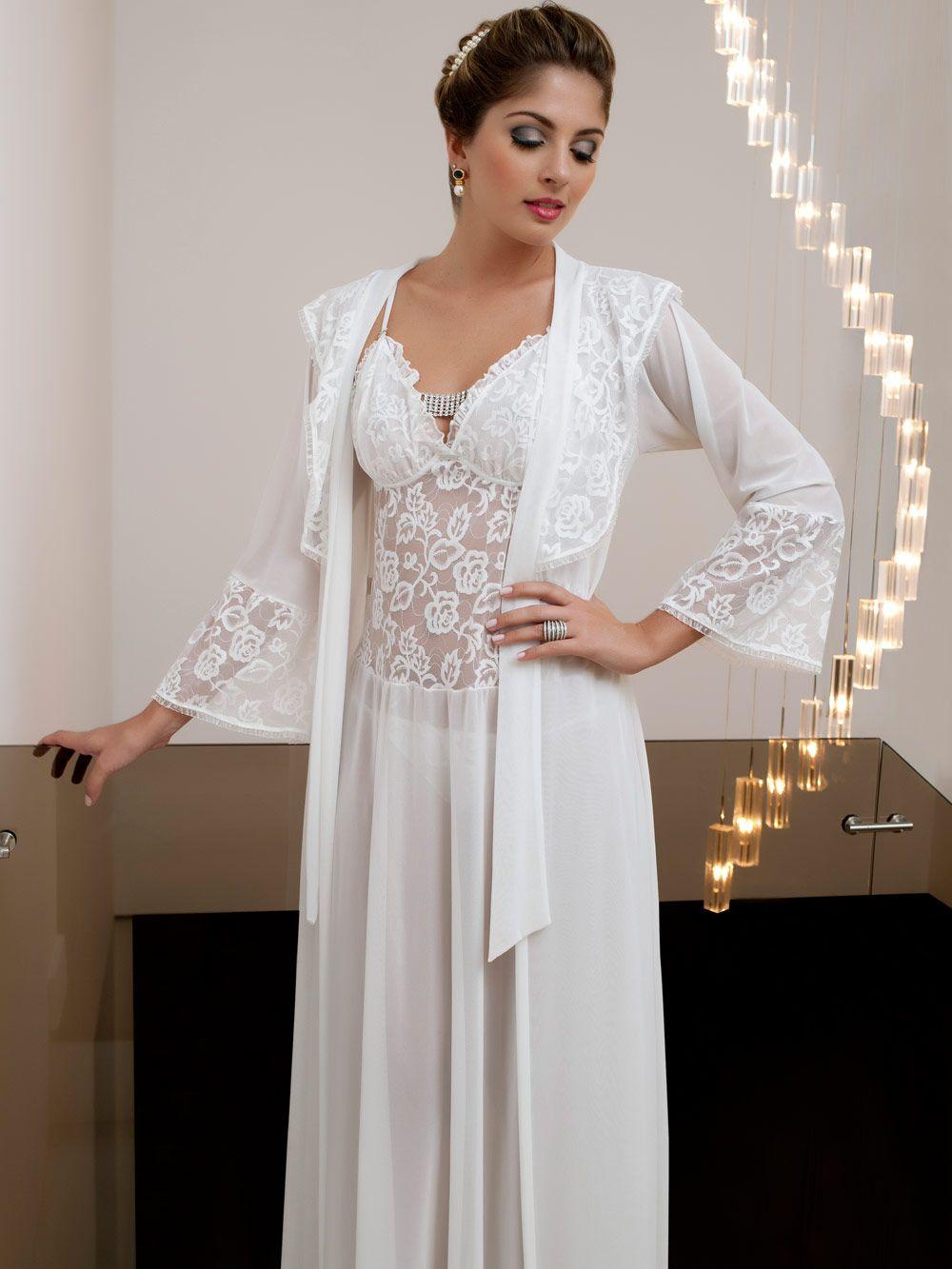 b36096ee4 Esse conjunto de camisola e robe longos