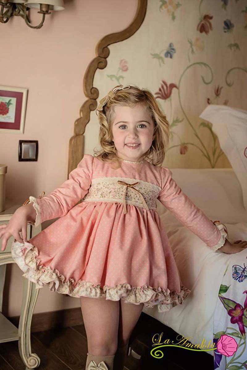 38d0b5992 Preciosa colección otoño-invierno incluye  conjuntos  niño  niña  jesusito   vestido  complementos. Todo y mucho más en nuestra tienda online ...