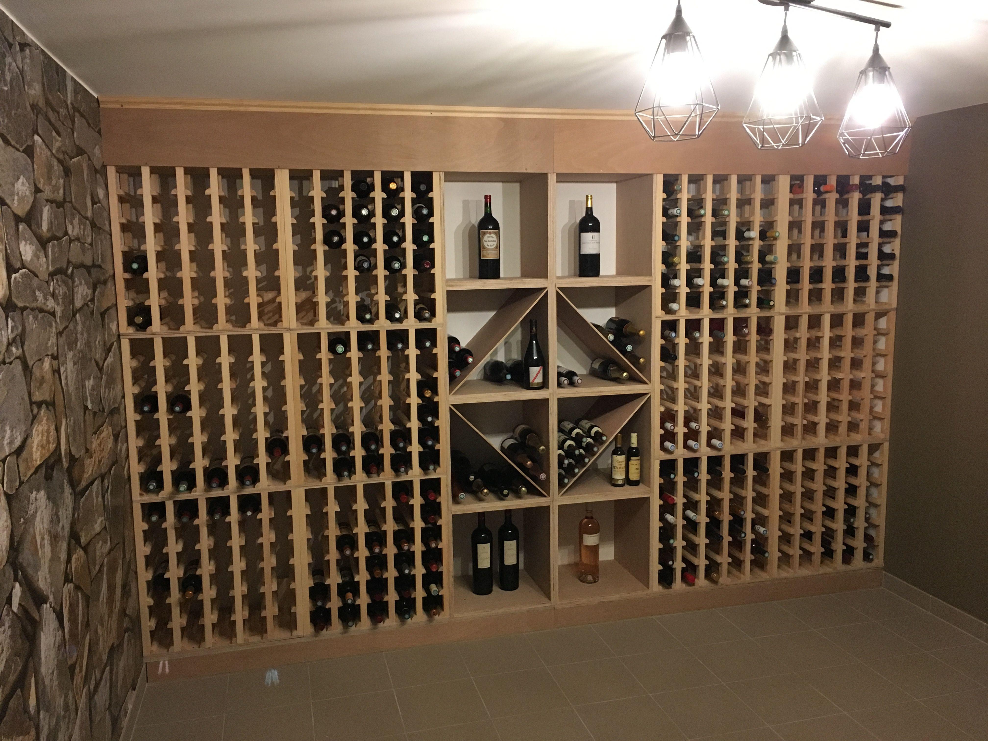 Une Cave A Vin casiers pour bouteilles, casier vin, cave à vin, rangement