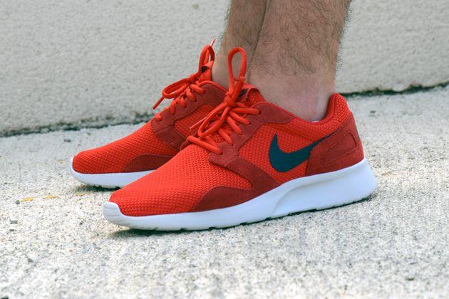 Nike Kaishi RedWhite   TODAYSHYPE   Nike kaishi, New nike