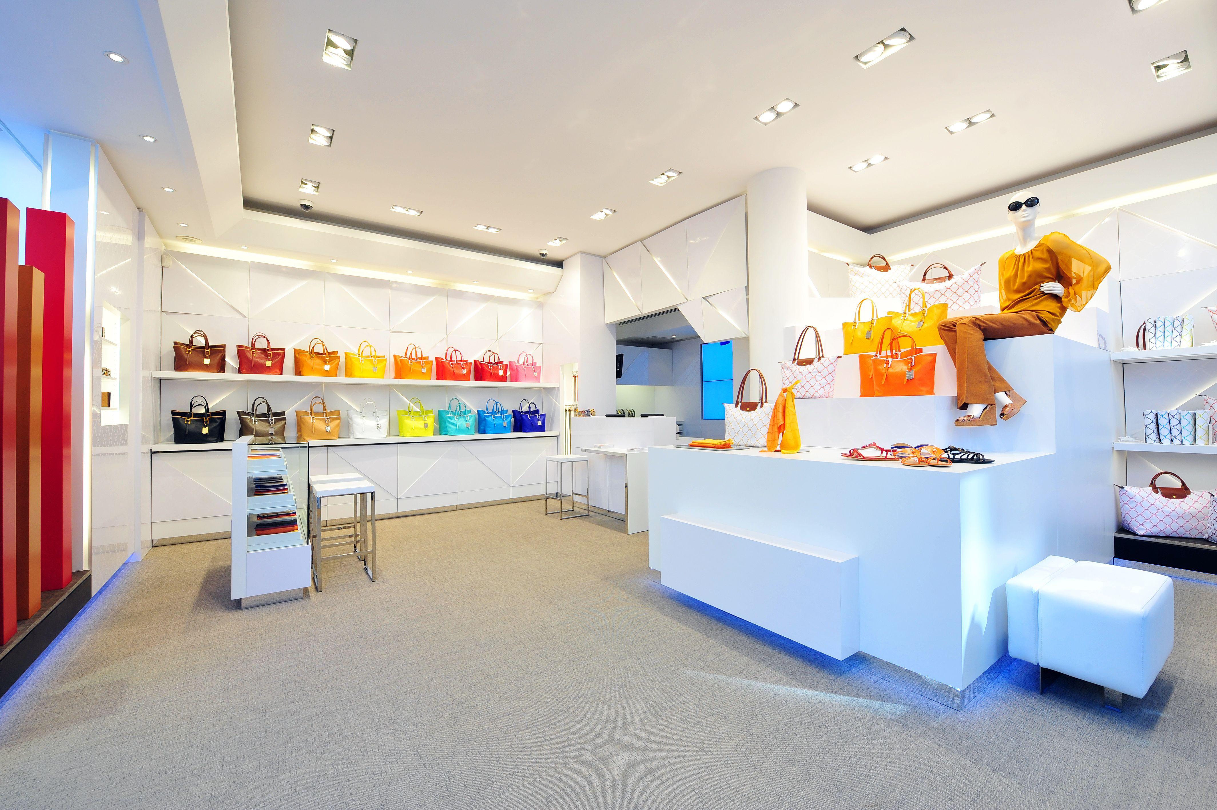 pop up store lm cuir 271 rue saint honor paris longchamp longchamp fashion fashion. Black Bedroom Furniture Sets. Home Design Ideas