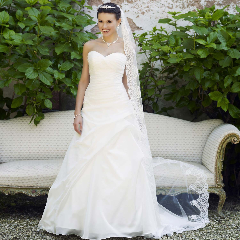 Robe de mariée pas cher en organza avec bustier
