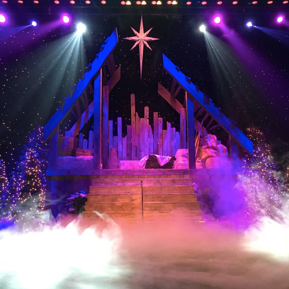 dover de tree lighting 2014. barn fragment from calvary church in dover, delaware | stage design ideas dover de tree lighting 2014 l